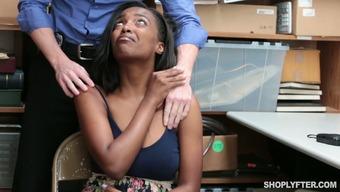 Διαφυλετικός δωρεάν πορνό δείγμα